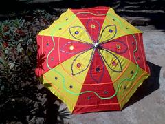 Umbrella (non water-proof) yellow-red combo