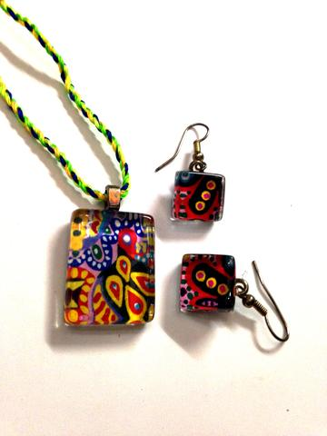 Rangoli - Glass Pendant and Earrings