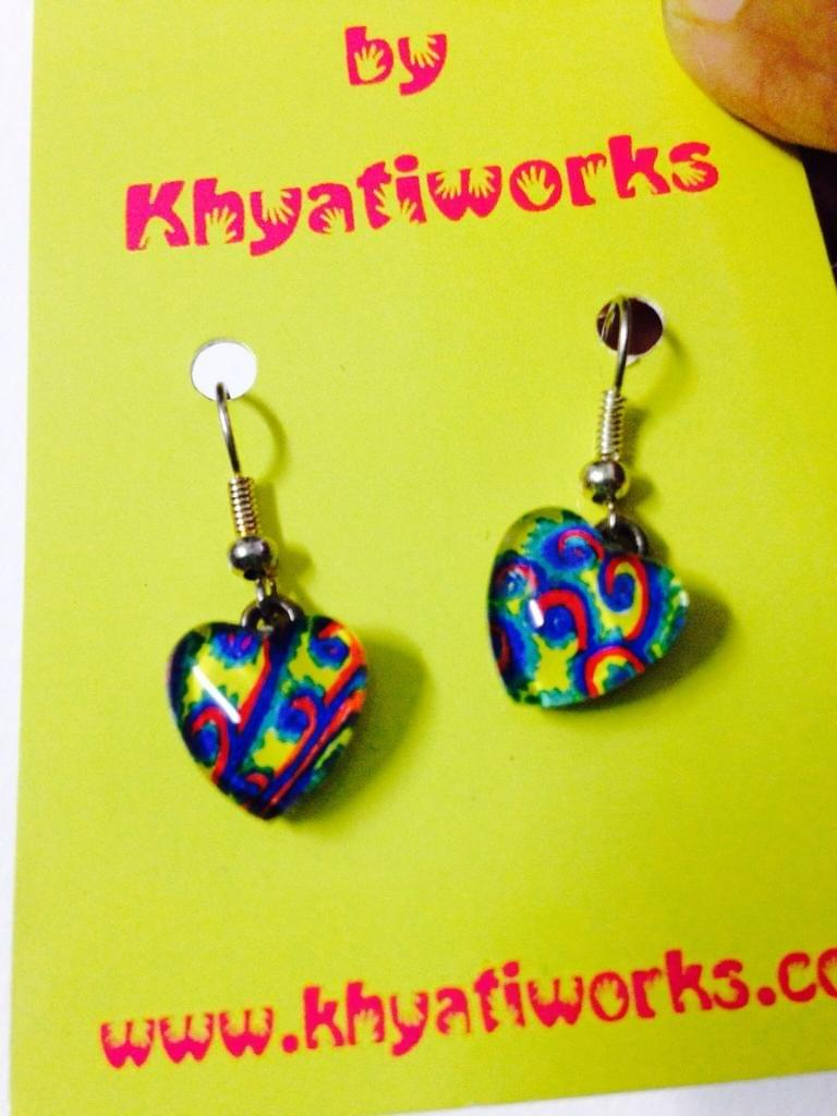 Mor-Pankh Heart Glass Earrings