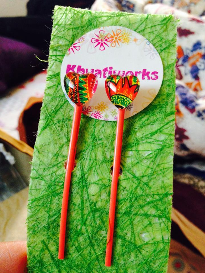 The Fiery Ornate Hearts Bobby Pins