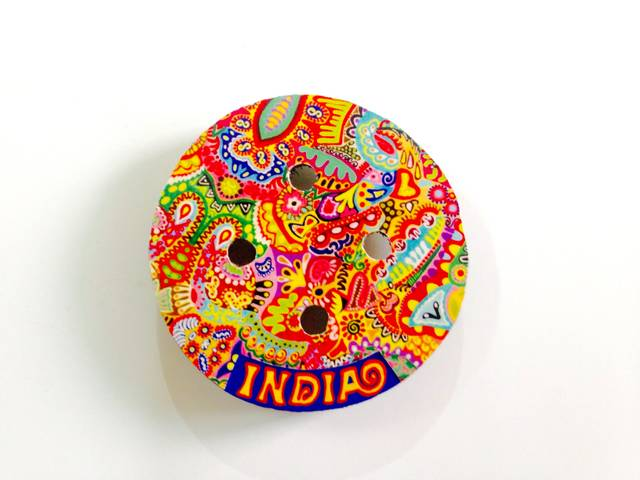 Colorama Button India Wooden Magnet