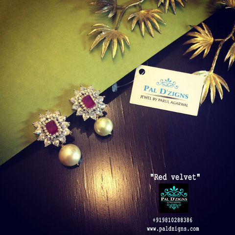 Red velvet diamond earing