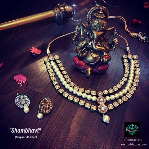 Shambhavi Necklace set