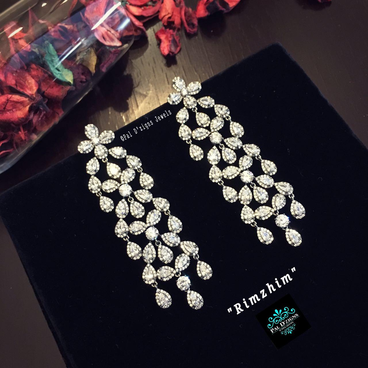 Rimzhim Diamond Earings