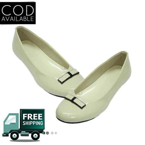 Cream Flat Women Ballerinas