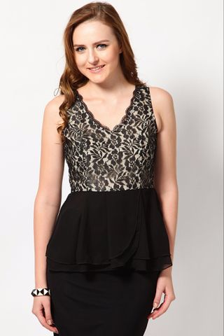 Top In Nylon Lace Fabric With Gathers At Bottom /TSF2095
