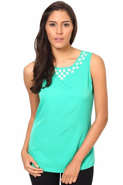 Sleeveless Round Neck Top With Embroidary On Neck Line /TSF2295