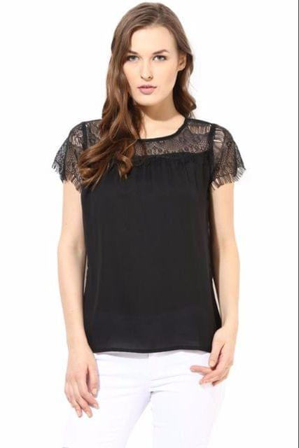 Top With Lace On The Yoke Portion/TSF400426