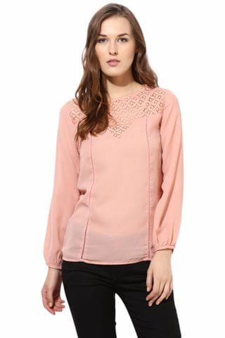 Full Sleeve Top With Lace At The Yoke/TSF400079