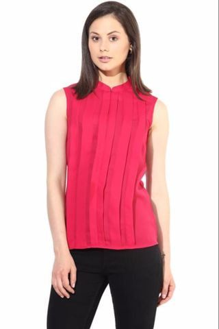 Fuchsia Pleated Top In Solid Summer Cool/TSF400211