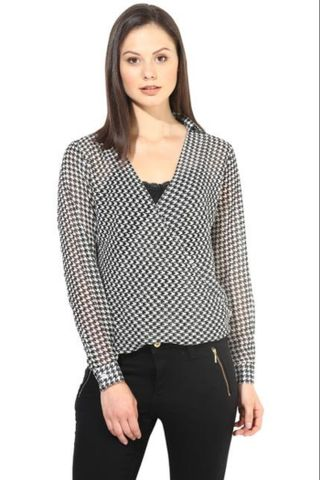 Black-White Top In Printed Fabic/TSF400214