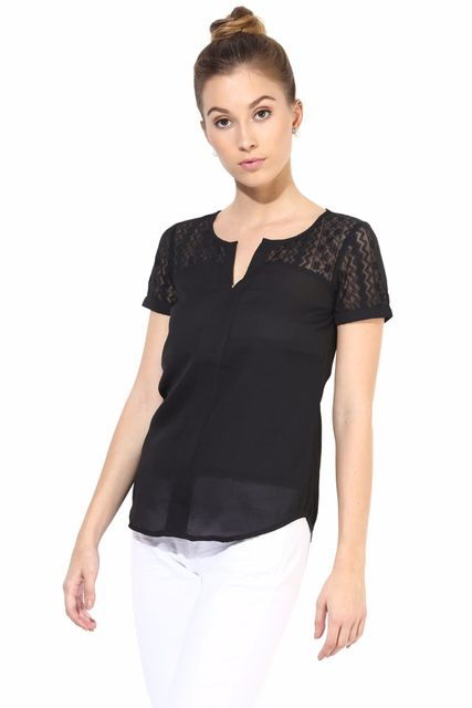 Half Sleeve Top With Lace At The Yoke/TSF400295