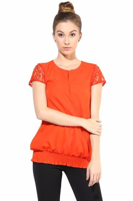 Full Sleeve Top With Lace At The Yoke/TSF400350
