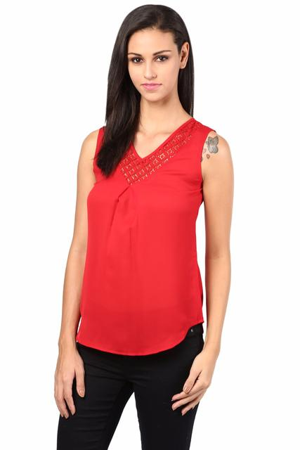 Top With Lace At Neck And Back In Red Color/TSF400405