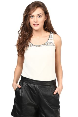 Offwhite Top With Emblishment At Shoulder And Bottom/TSF400257