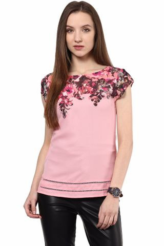 Casual Top In Pink Color And Printed Assymetrical Yoke At Front With Scalloping/TSF400482
