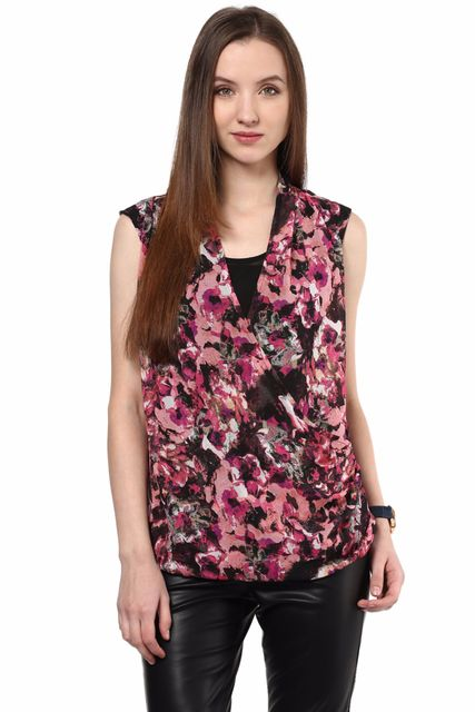Top With Front Overlap Detail In Multi Color/TSF400432