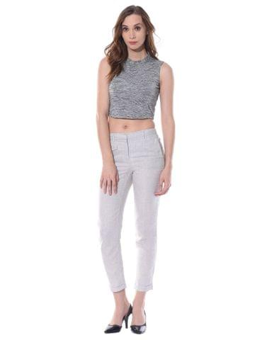High neck crop top in grey melange / TSF400656