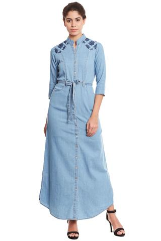 Front button down maxi dress in denim light blue wash/ DRF500563