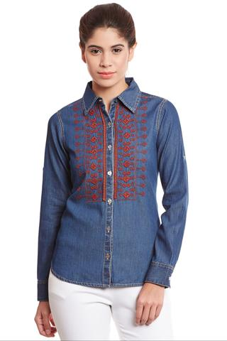 Front button down denim shirt in dark blue wash/ TSF400729