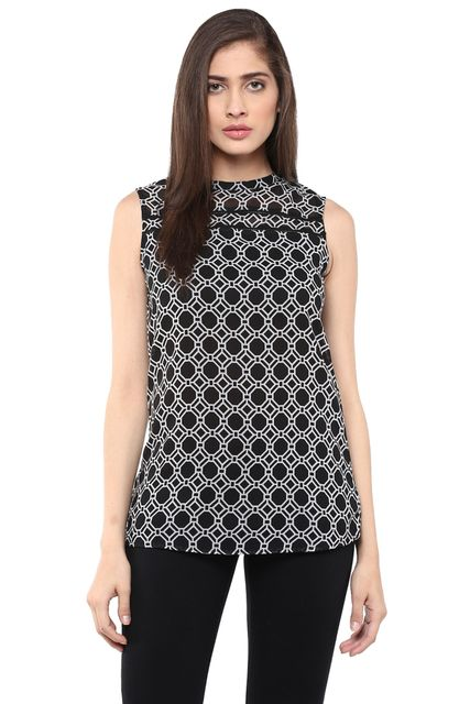 Casual Fit Top In Black Print With Ladder Lace At Front/ TSF400753