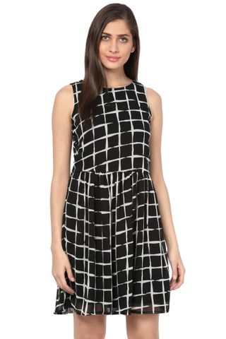 Round Neck Flare Dress In Black Print With Gathers At Waist/ DRF500572