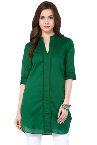Dress In Green Color With A Long Back Panel / DRF500609