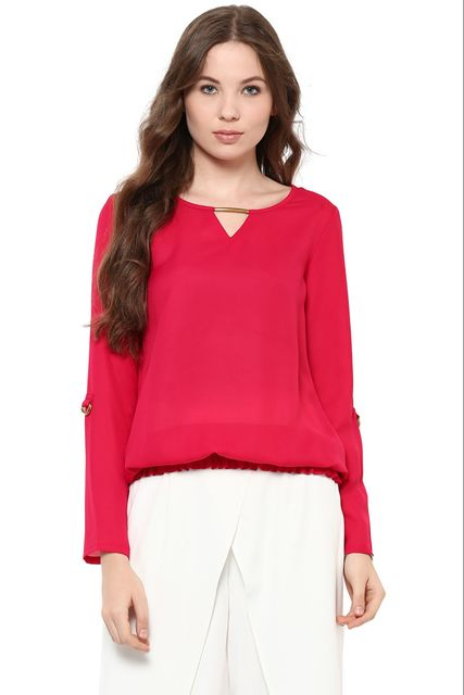 Solid Fuchsia Color Top With Metal Detailing At Neckline And Elasticated Hem /TSF400850