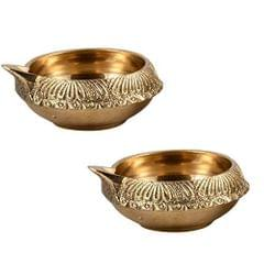 Purpledip Brass Diya Deepak Kuber Vilakku: Set of Two Oil Lamps For Decor, Puja/ Diwali, Lighting (10953)