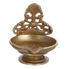 Purpledip Brass Diya Deepak In Urli Shape: Big Sized Oil Lamp For Festive D�cor Gift (10955)