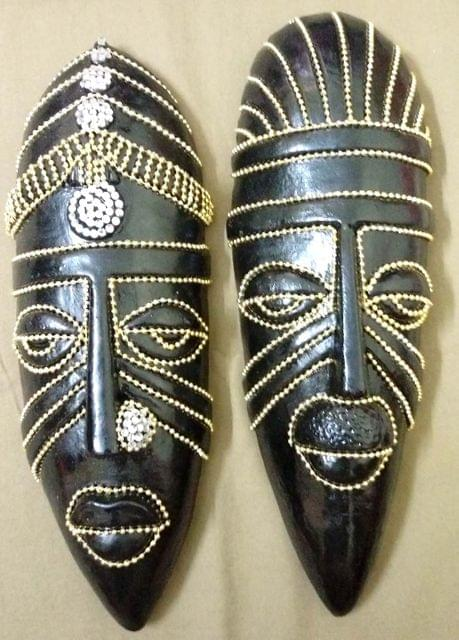 Tribal Mask Black - Gold Beads