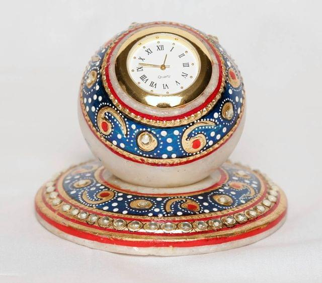 Marble crafted table top watch
