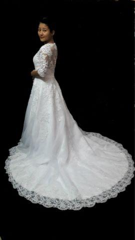 3/4th sleeve Royal train wedding gown
