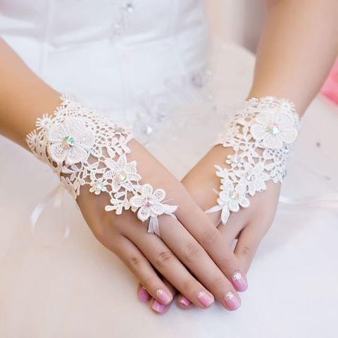 Short fingerless sexy lace appligue rhinestone bridal gloves