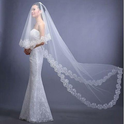 Classic 3M long lace edge bridal veil