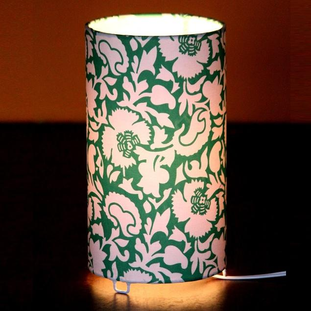 Green Pasture Shortie Circle Table Lamp