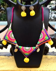 Kutchwork Necklace Set in Fabric- Pattern 17