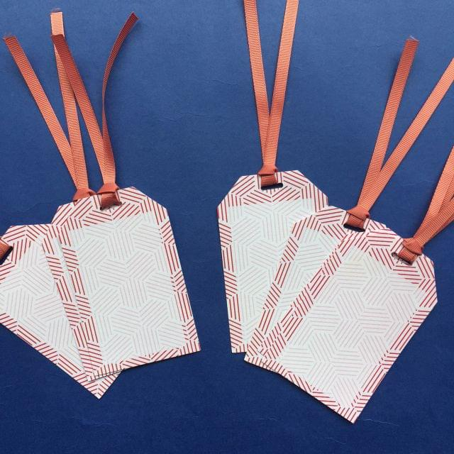 Lines gift tag set