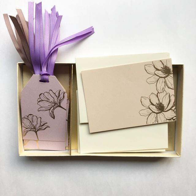 Magnolia Notecard & Gift Tag Set