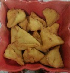Chocolate Samosa |limitTo:2