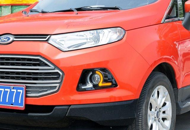 Ford Ecosport - Dual color DRL with matte Black FOG Lamp cover