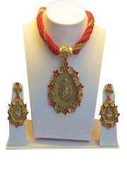 Crossing The Accent Red Layers With Golden Pendant Set