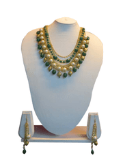 Triple Strand Green And White Pearl Chain Set