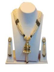 Maharani Look White And Black Beads With Golden Finish Chain Set