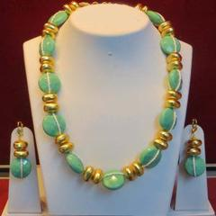 Stunning Turquoise Green And Golden Stone Chain Set