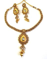 Trendy Crunchy Nakshi Style Pendant With Adorable Earrings