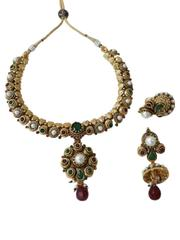 Royal look green merun with golden base pendant set