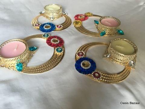 Candel stand necklace shaped