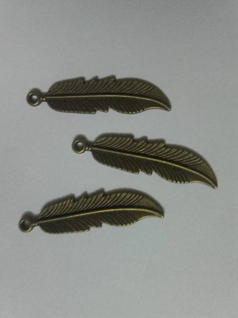 Feathers Charms/ Pendant