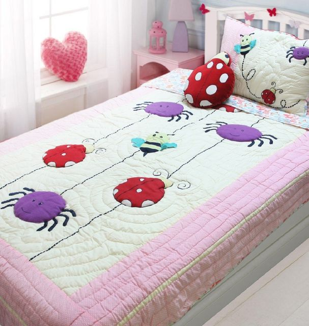 A Little Fable - Bugs In The Bed Quilt
